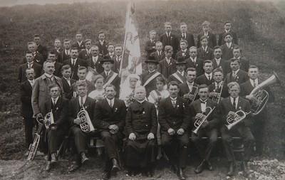 Chronik-Fahnenweihe_burschenverein_1927